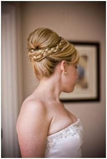 Hairstylist Juliet Elizabeth of hairbyjuliet.com Re-Creates Giuliana's Wedding Hairstyle