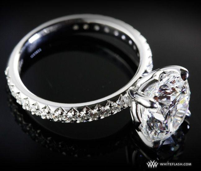 WhiteFlash engagement ring, 'Harmony' Diamond, Fishtail Pave Setting