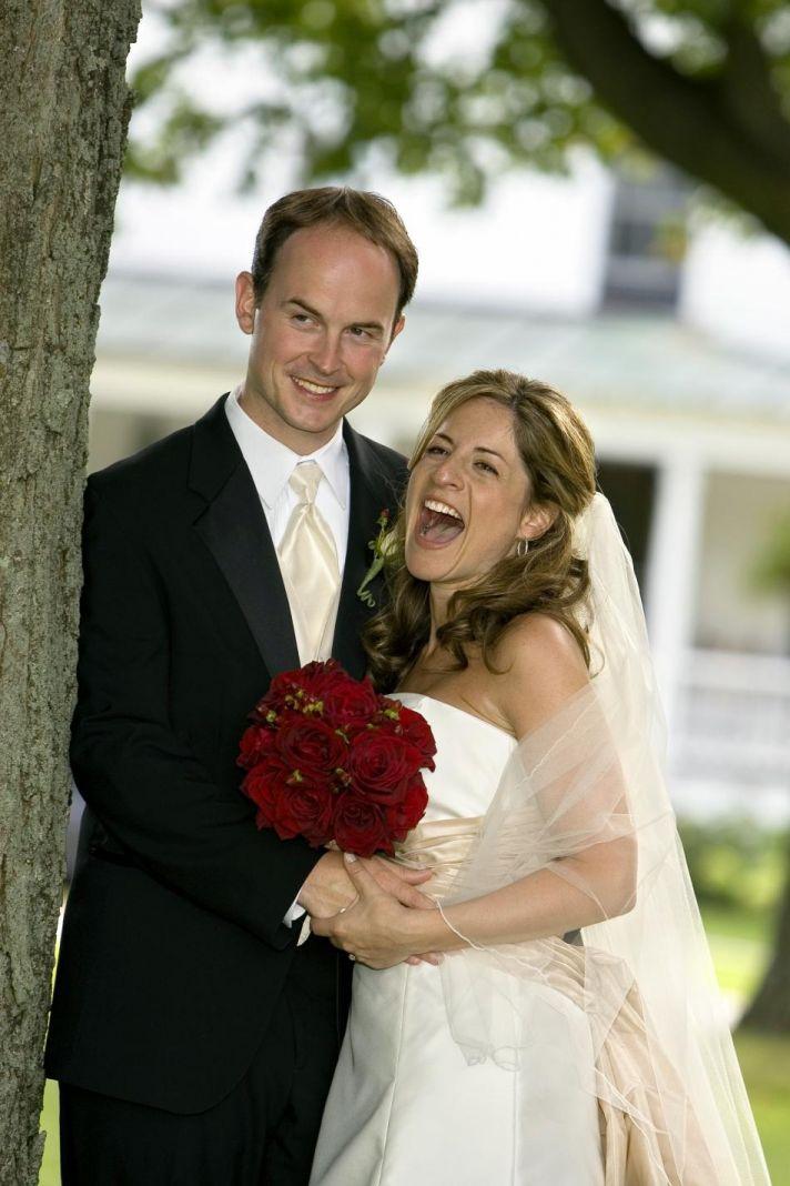 jen and dave wedding portrait