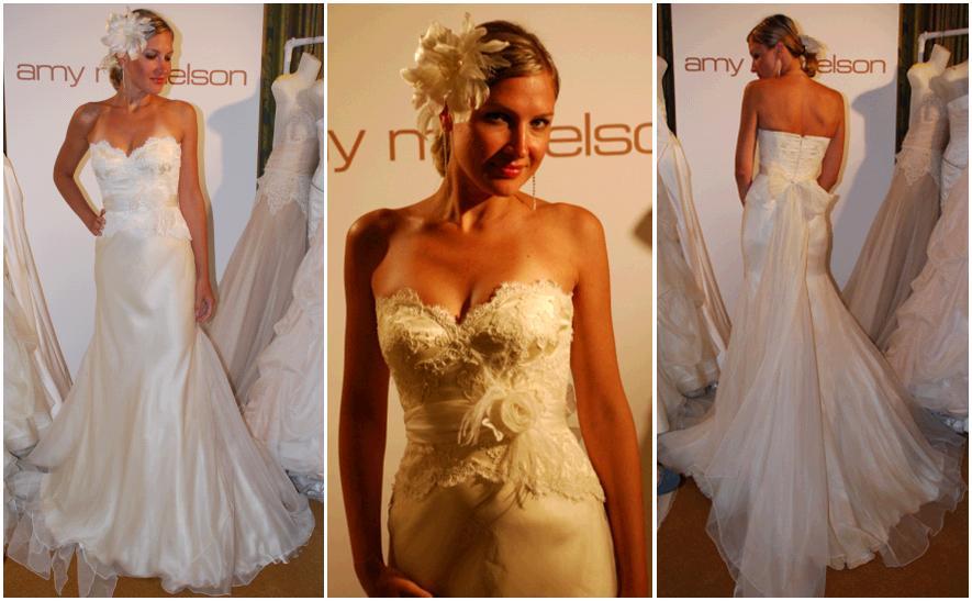 Beautiful sweetheart neckline ivory lace wedding dress in buttercream