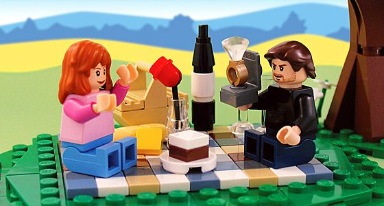 How cute is this lego proposal with the lego groom and lego bride and lego engagement ring?
