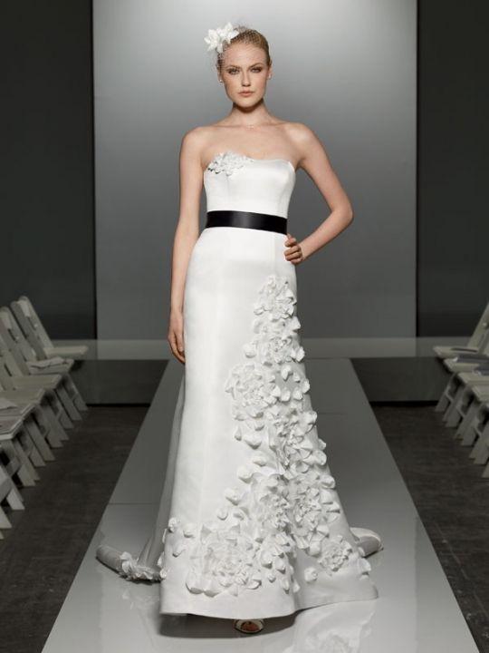 Credit Galina wedding dress