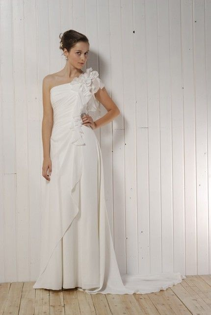 Chic asymmetric one-shoulder ivory draped wedding dress with floral applique on shoulder