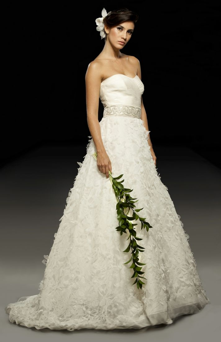 2011 wedding dress designer spotlight francesca miranda for Nature inspired wedding dresses