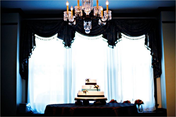 Elegant sophisticated Sunday brunch wedding in Tennessee