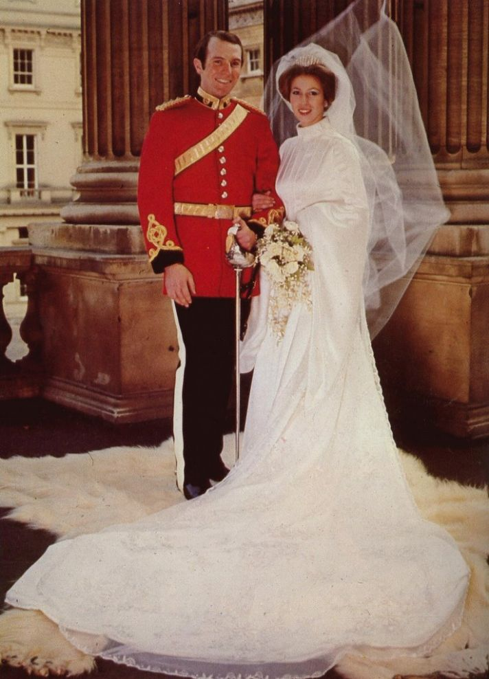 royal wedding dresses of great britain princess anne onewed