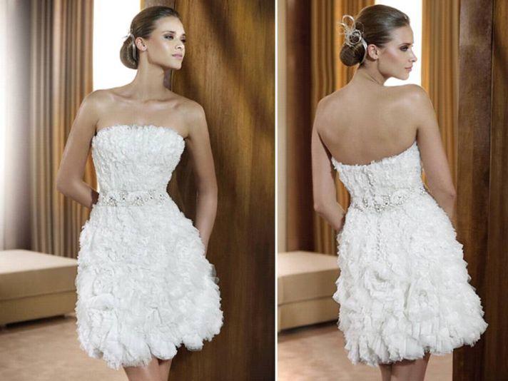 White strapless little white wedding dress textured ruffled feathered skirt