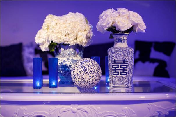 Antique vases for 39something old 39 white wedding flowers and blue lighting