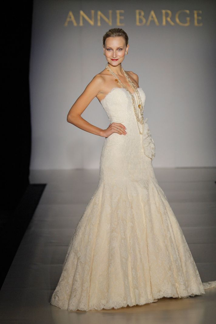Fall 2011 wedding dresses by anne barge rich and regal for Sweetheart neckline drop waist wedding dress
