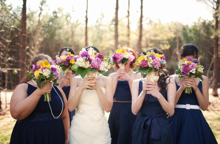 real-weddings-bridal-bouquet-bridesmaids