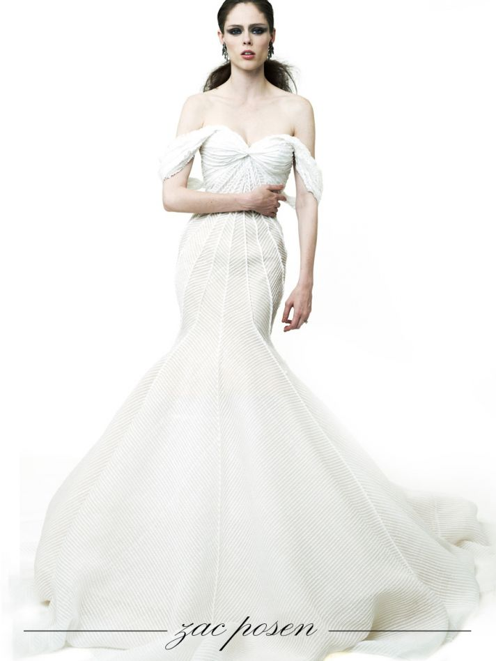 Set additionally Walk Down Aisle Vogues 2011 Wedding Guide moreover Its Jenny Packham For Paris Black Tie Dinner moreover Sarah Jessica Parker Met Gala Dress 2014 Photos n 5269691 as well Color Theory Summer 2014 Fashion Editorial. on oscar de la renta necklace flower