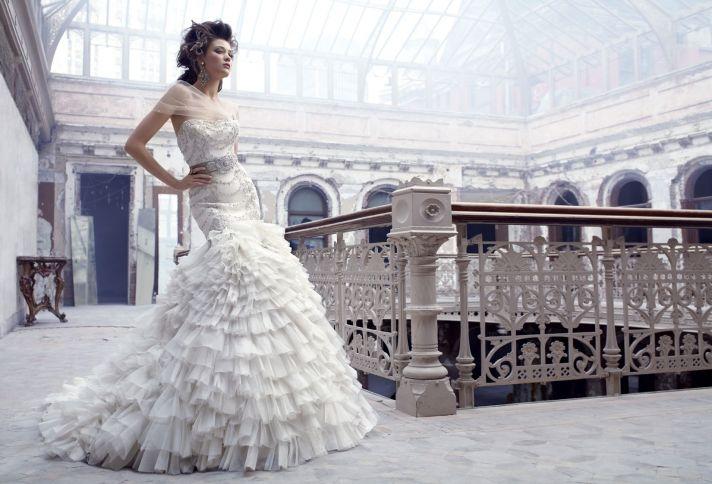 Drop waist sweetheart wedding dress