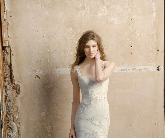 wedding-dress-WTOO-fall-2011-bridal-gowns-tulle-mermaid