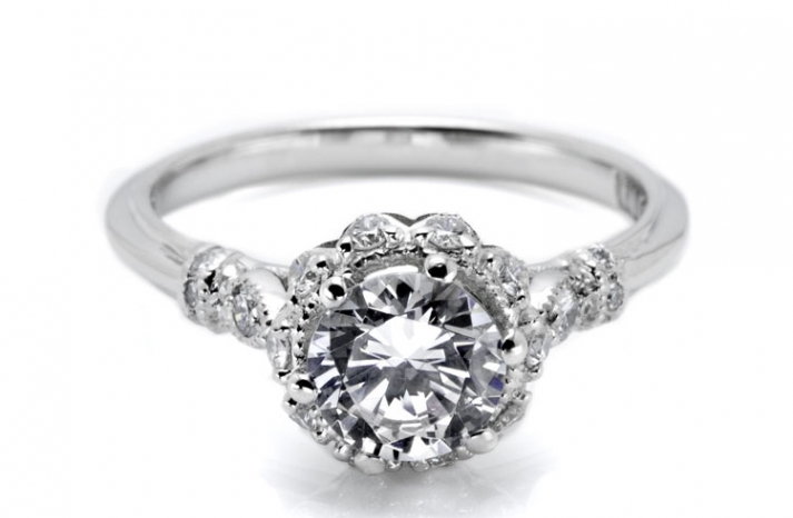 Scalloped-tacori-engtagmenet-ring