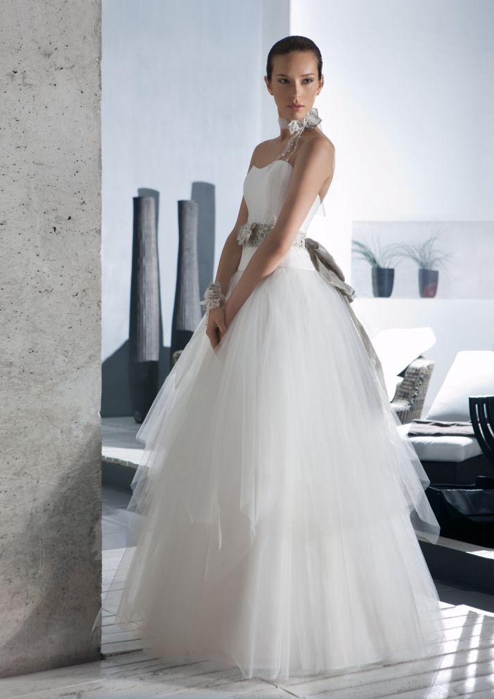 Gorgeous and affordable wedding dresses-2