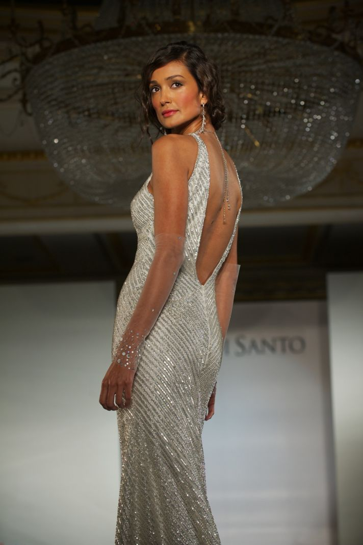 2012 wedding dress trends- deep v-backs