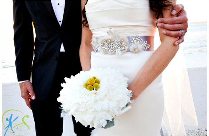 White-yellow-bridal-bouquet-2