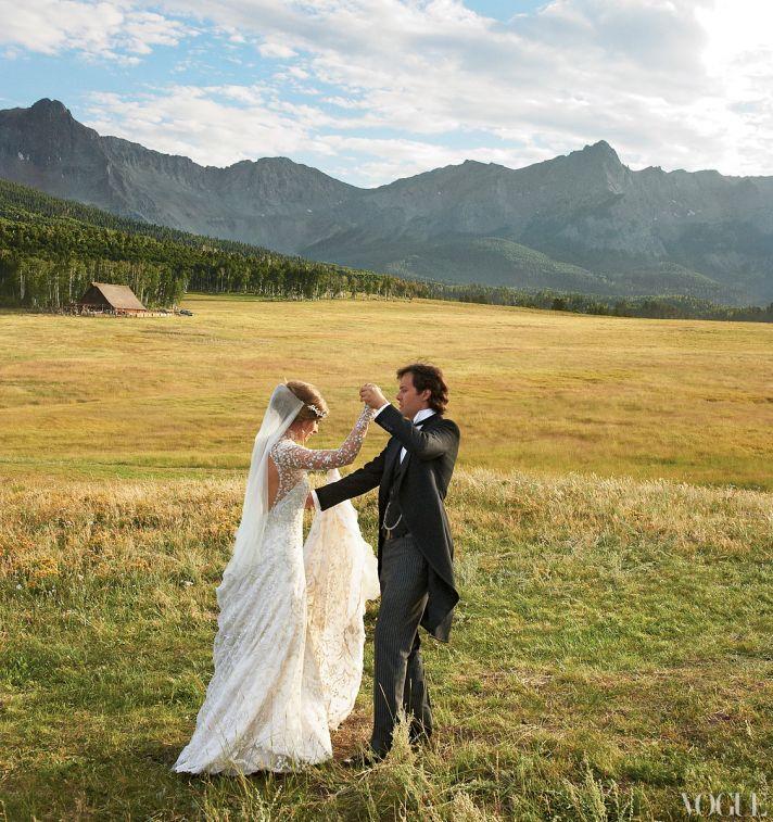 Celebrity wedding dresses- Lauren Bush's custom Ralph Lauren bridal gown, dances with groom