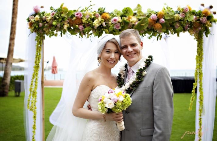 royal hawaiian honeymoon giveaway destination wedding 17