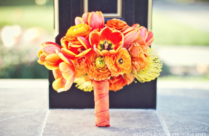 monochromatic orange yellow modern bridal bouquet
