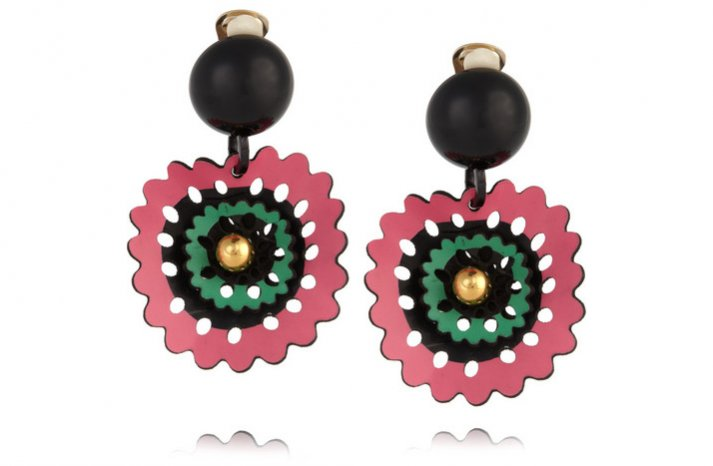 creative bridesmaid gift ideas for brides earrings with a tropical twist