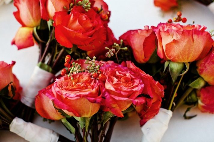 deep coral wedding flowers roses