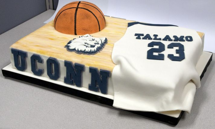 march madness 2012 wedding ideas grooms cake 1