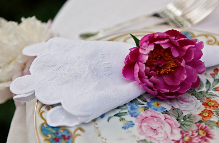 romantic spring wedding outdoor venue reception place setting details
