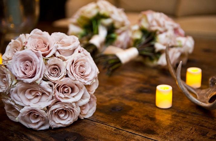 spring wedding flowers roses blush pink