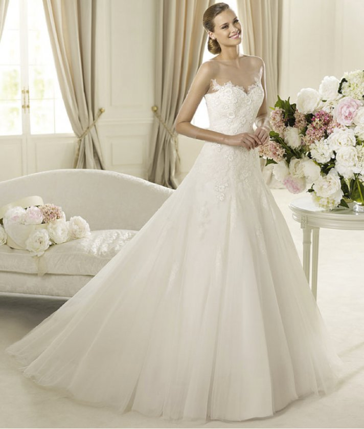 Romantic 2013 Wedding Dresses from the Pronovias Glamour Collection