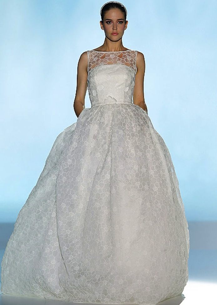 Exquisite Wedding Gowns by Rosa Clara