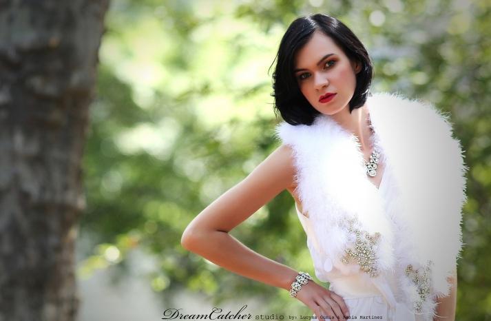 feather shrug for vintage glam bride