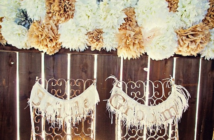 vintage feather wedding signs