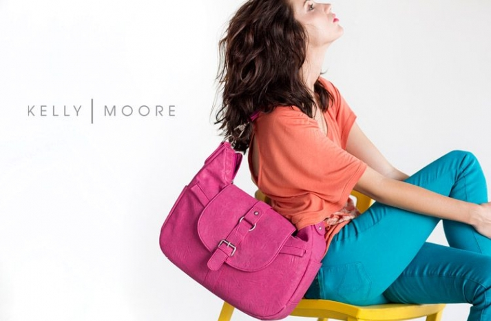 wedding giveaways win a kelly moore bag pink 3