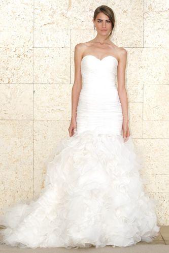 Oscar de la renta wedding dress style spring 2012 03 for Oscar de la renta wedding dress prices