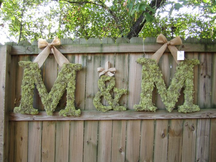 ideas to incorporate a custom wedding monogram Etsy weddings moss burlap letters