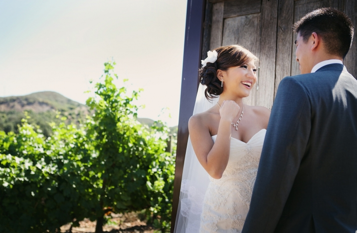 creative first look wedding photo outdoor weddings California 4