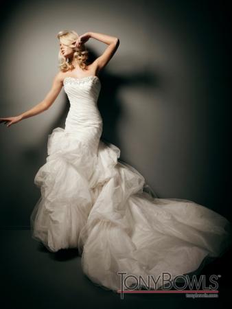 Tony bowls bridal for mon cheri designer wedding dresses for Tony bowls wedding dresses
