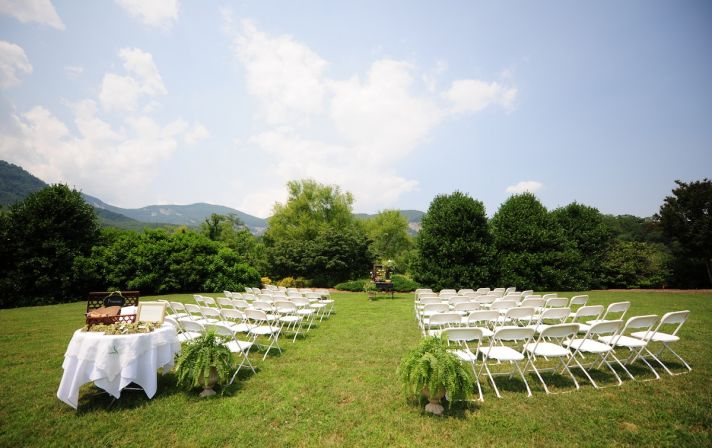 Inspiration Outoor Ceremonies: Charming Outdoor Wedding In North Carolina