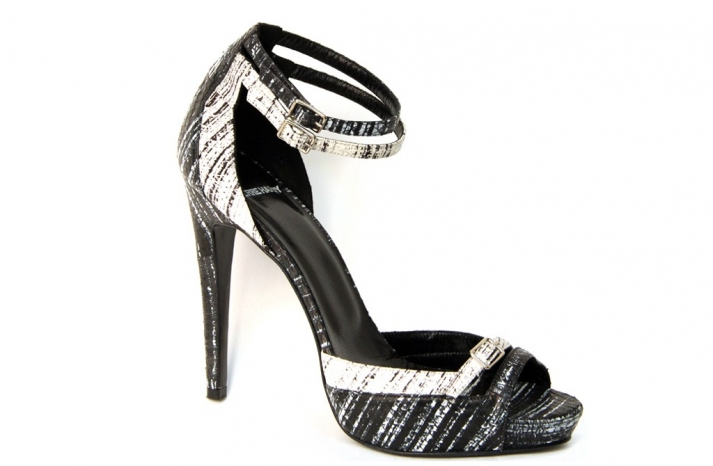 pierre hardy wedding shoes black and white 1