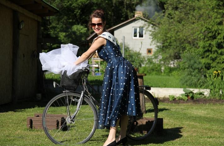 wedding color inspiration navy blue bridal wedding finds vintage bridesmaid dress