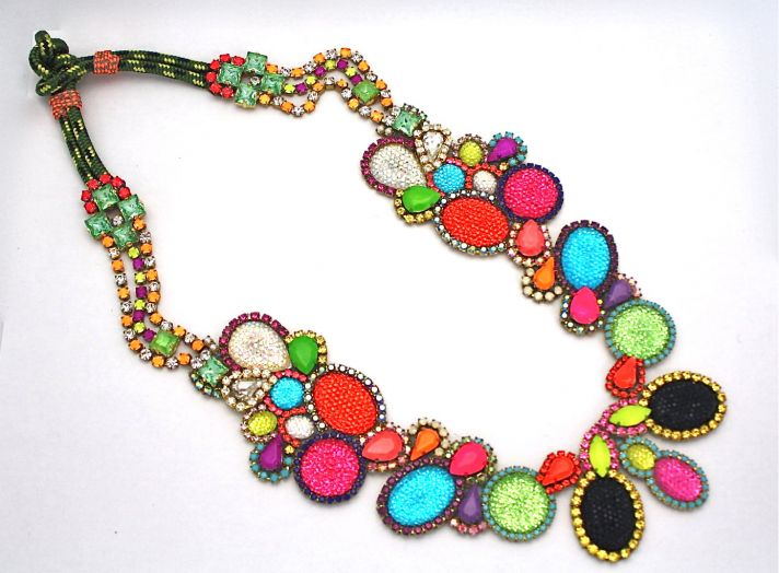 bridesmaid gift ideas bright statement necklace 1
