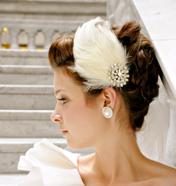 10 gorgeous bridal veils wedding hair accessories Bethany Lorelle feather fascinator 2