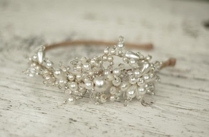 pearl crystal bridal headband by Parant Parant