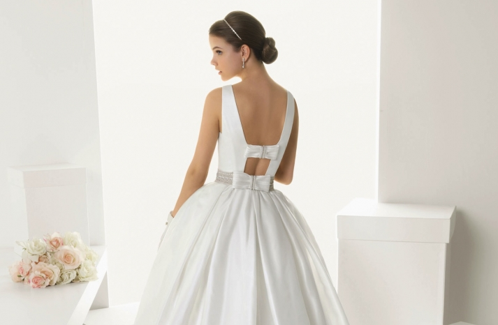 2013 wedding dresses beautiful statement backs by Rosa Clara 1