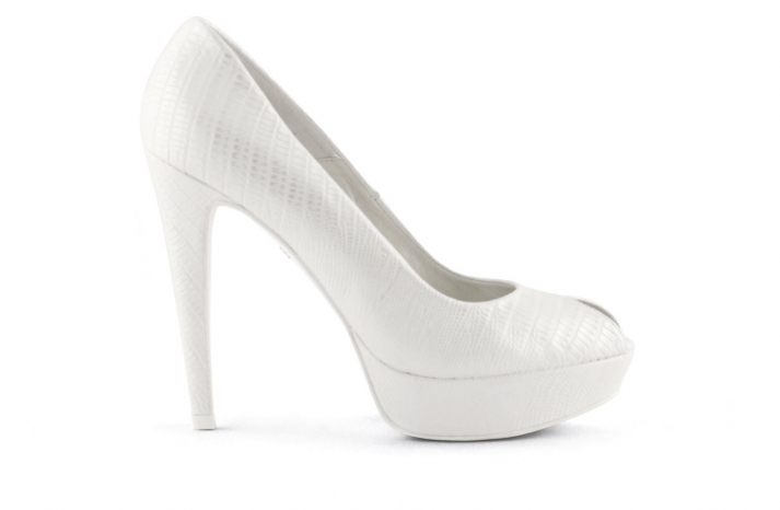 wedding shoes bridal heels by Rosa Clara 2013 120