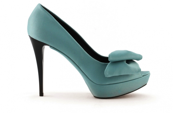 wedding shoes bridal heels by Rosa Clara 2013 colored teal