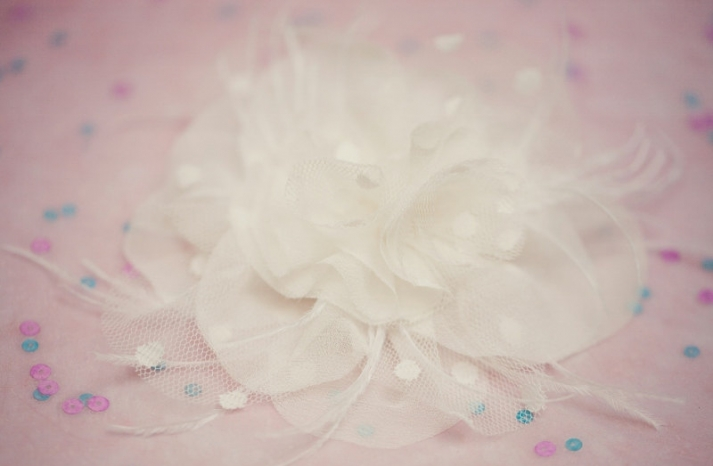 wedding inspiration from Etsy polka dots hair flower