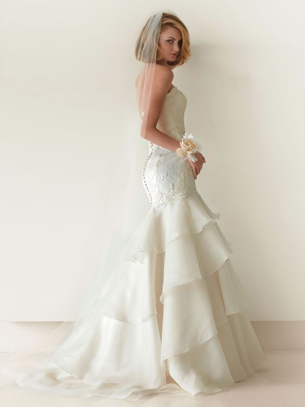 7 New Wedding Dresses to Adore