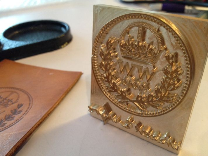 5 easy ways to personalize the wedding DIY weddings monogram stamp